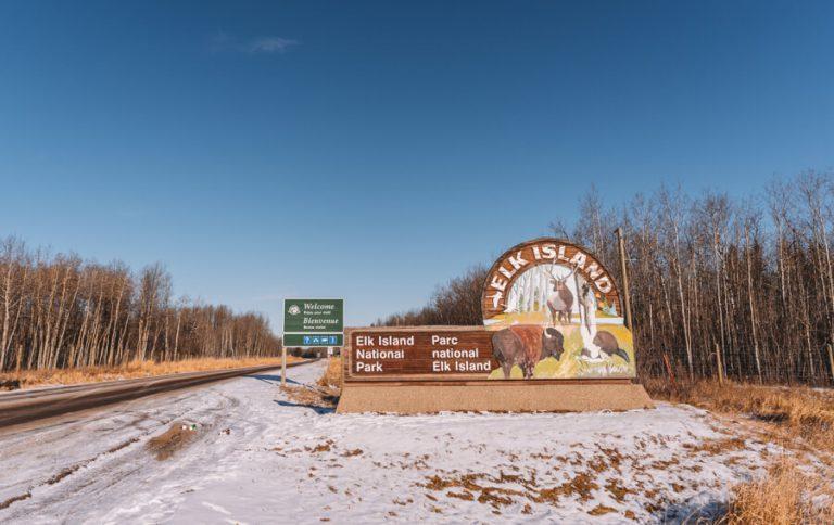 Elk Island National Park Einfahrt