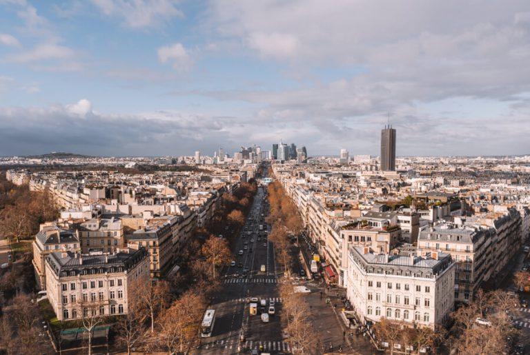 Sehenswuerdigkeiten Paris Triumphbogen Aussicht