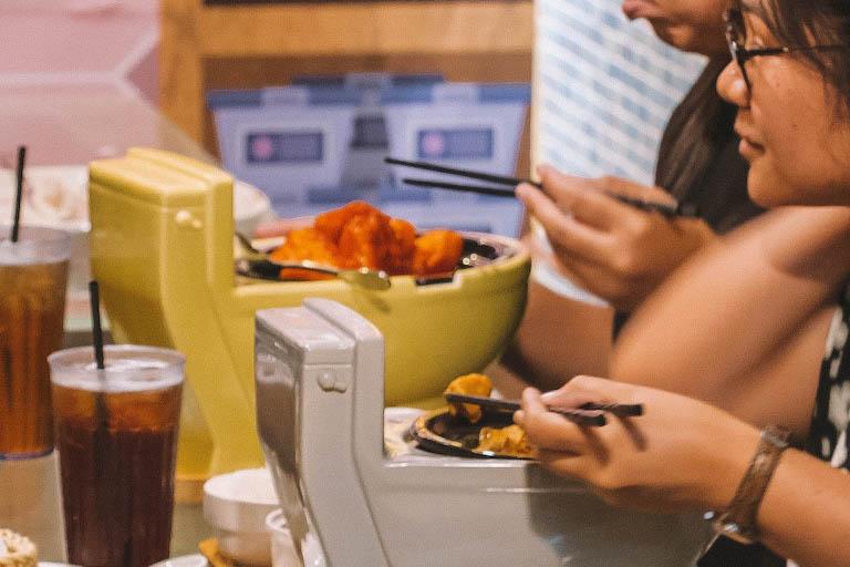 Taipeh Modern Toilet Restaurant Essen