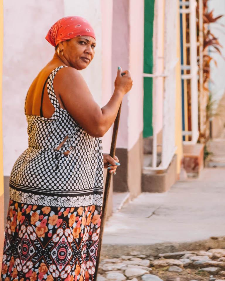 Frau Kuba