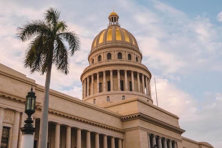 Havanna Sehenswuerdigkeiten Capitol Sonnenuntergang