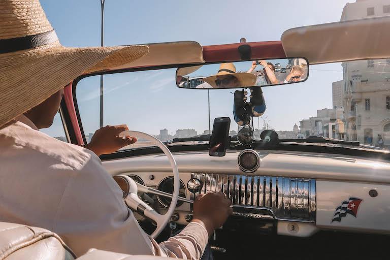 Havanna Sehenswuerdigkeiten Oldtimer Tour Malecon