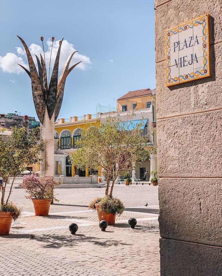 Havanna Sehenswuerdigkeiten Plaza Vieja