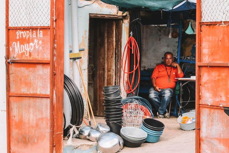 Recyclingmarkt Kuba Trinidad