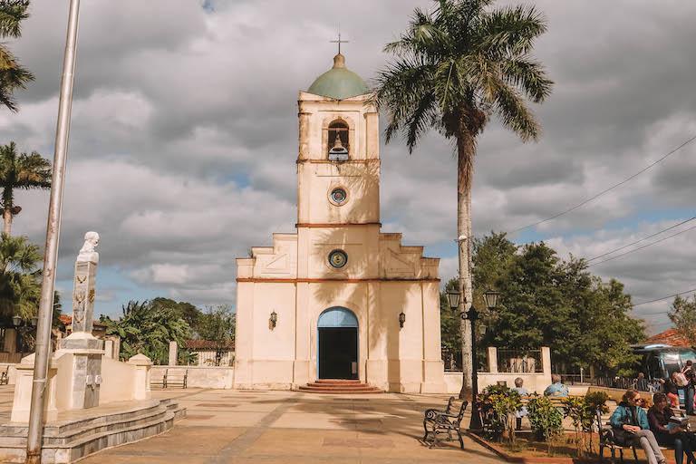 Vinales Stadt Kirche