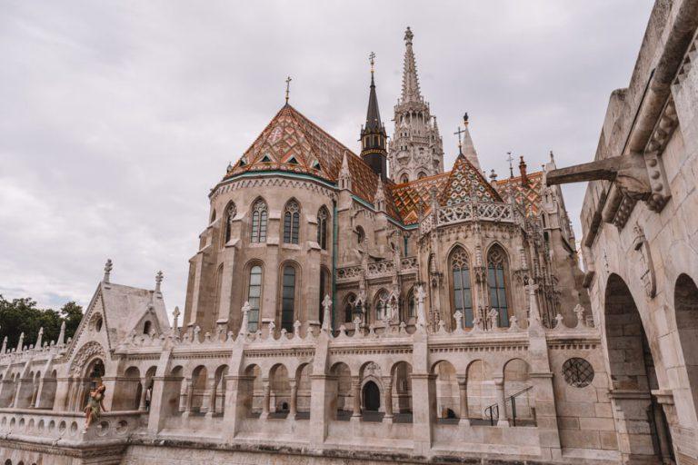 Budapest Sehenswuerdigkeiten Matthiaskirche