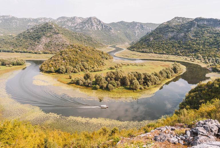 Skutarisee Montenegro Flussschleife