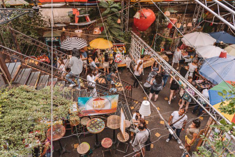 Szimpla Farmers Market Juedisches Viertel Budapest