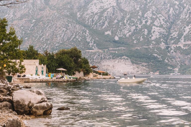 Bucht von Kotor Montenegro Baden