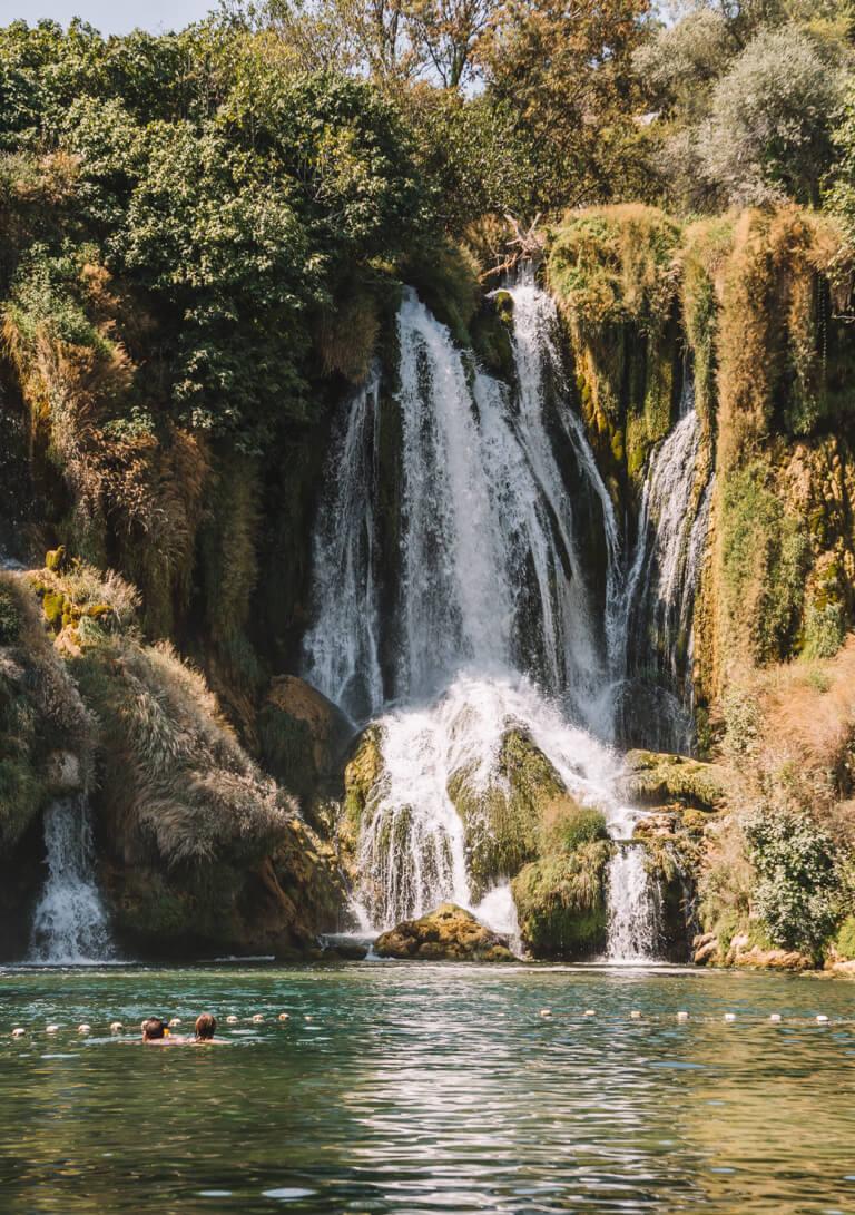 Kravica Wasserfaelle Tagesauflug von Mostar