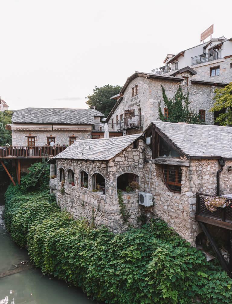 Mostar Bosnien Sehenswuerdigkeiten Altstadt