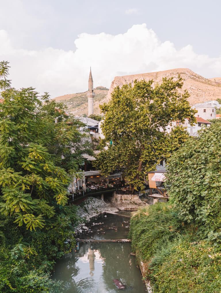 Mostar Bosnien Sehenswuerdigkeiten Moschee
