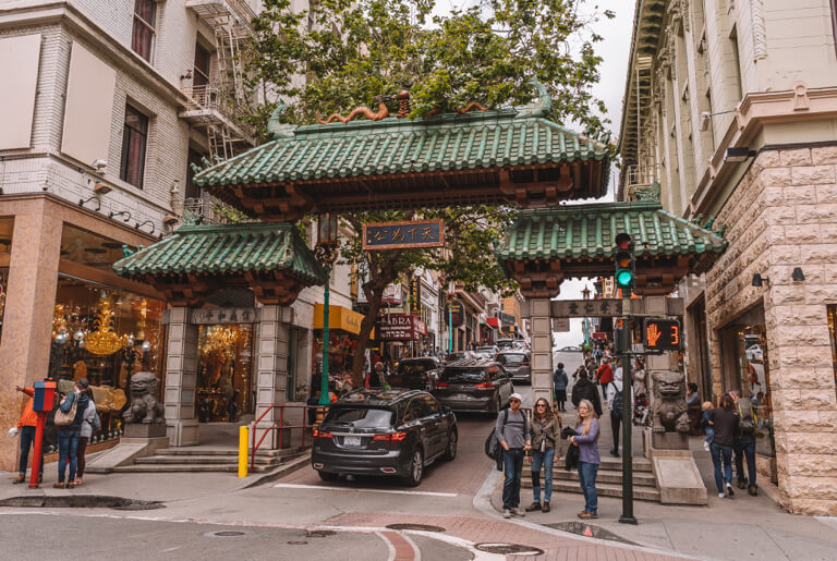 San Francisco Sehenswuerdigkeiten Chinatown Dragons Gate