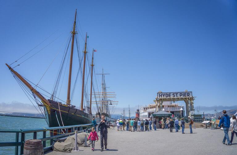 San Francisco Sehenswuerdigkeiten Fishermans Wharf Hyde Street Pier