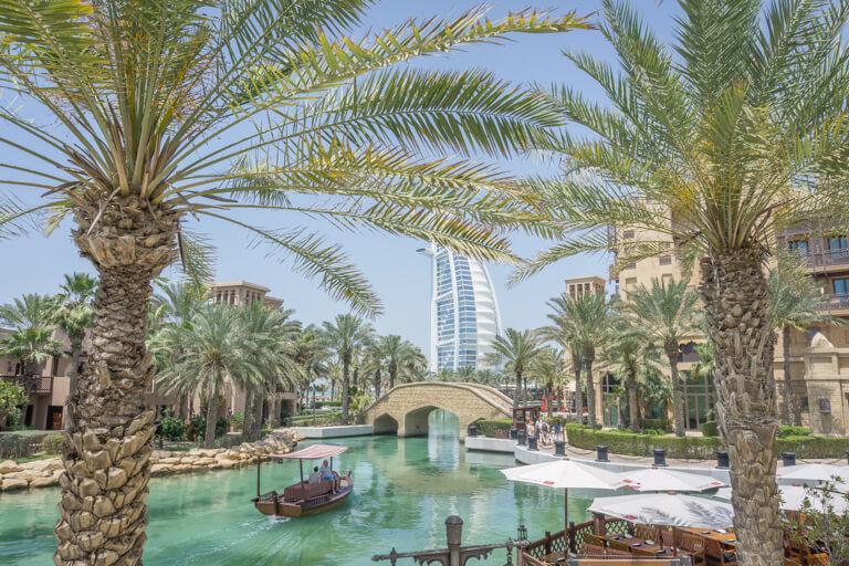 Dubai Sehenswuerdigkeiten Burj al Arab