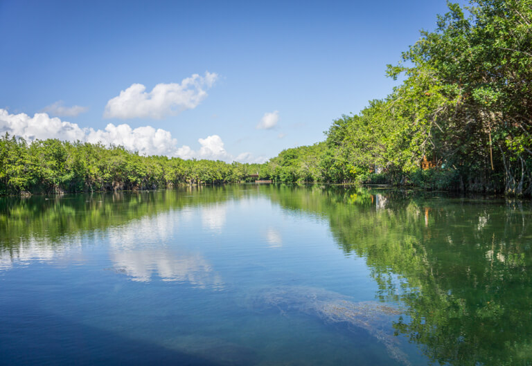 Fluss Cenote Lagune Sian Kaan Nationalpark Tulum Sehenswuerdigkeiten