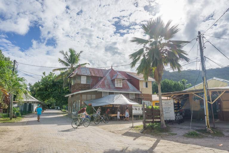 La Digue Seychellen La Passe Hauptort