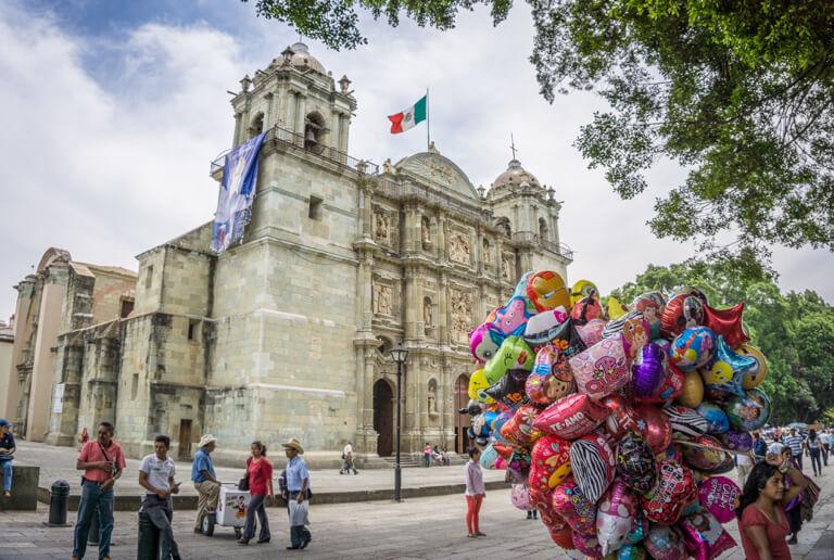 Oaxaca Mexiko Zocalo Catedral
