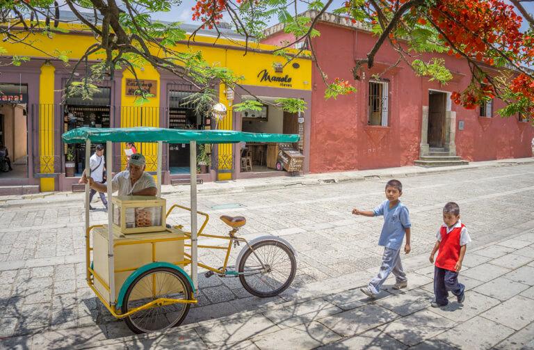 Oaxaca de Juarez Strassenverkaeufer