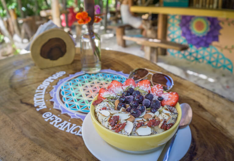Raw Love Cafe Tulum Smoothie Bowl