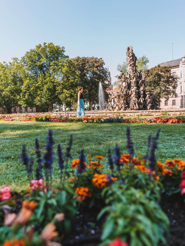 Erlangen Sehenswuerdigkeiten Hugenottenbrunnen