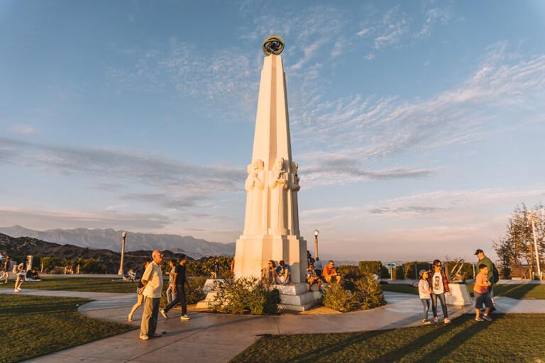 Los Angeles Sehenswuerdigkeiten Griffith Observatorium Saeule