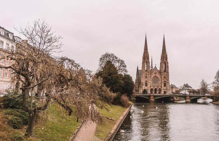 Strassburg Sehenswuerdigkeiten Paulskirche