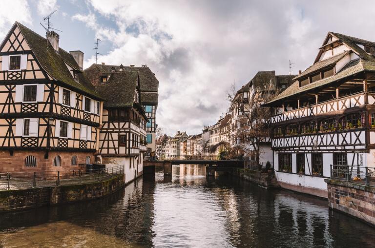 Strassburg Sehenswuerdigkeiten Place Benjamin Zix Frankreich