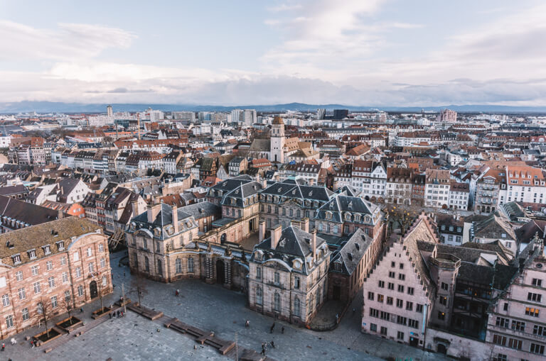 Strassburger Muenster Aussicht Palais Rohan