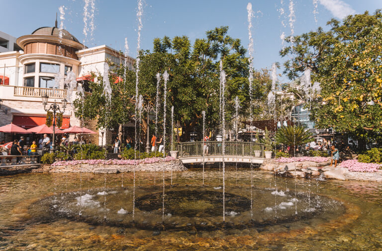 The Grove Springbrunnen LA