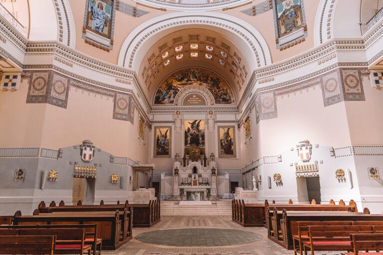 Friedhofskirche zum heiligen Karl Borromaeus Wien
