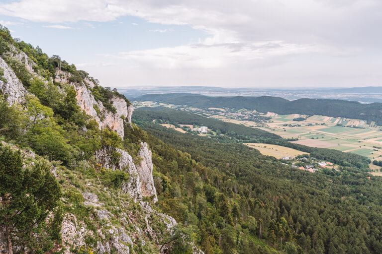 Naturpark Hohe Wand Felsenpfad Niederoesterreich