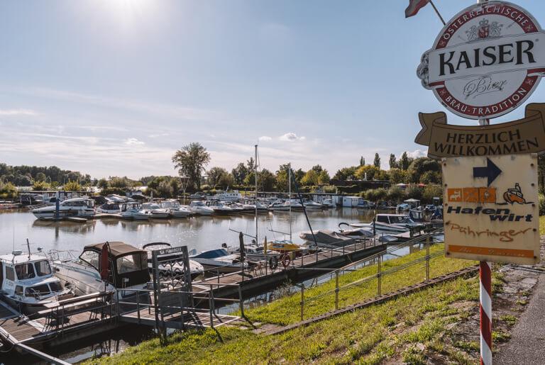 Au an der Donau Hafen