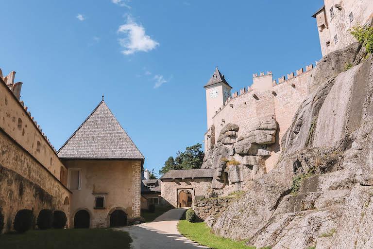Burg Rapottenstein innen