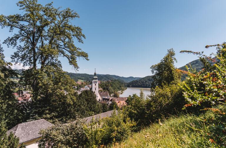 Schloss Greinburg Donaublick