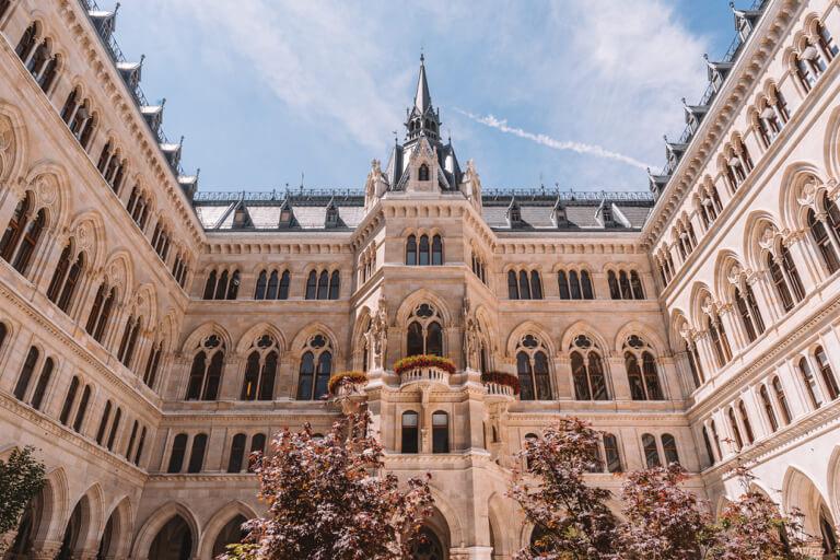 Wien Sehenswuerdigkeiten Rathaus-2