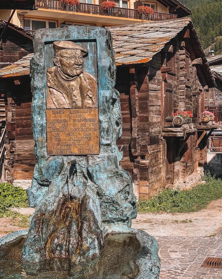 Zermatt Ulrich Inderbinen Brunnen