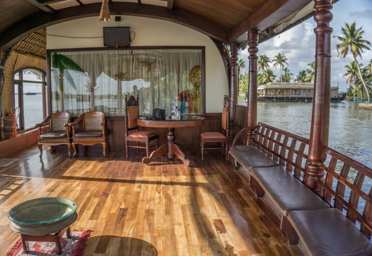 Indien Sehenswuerdigkeiten Kerala Backwaters Hausboot