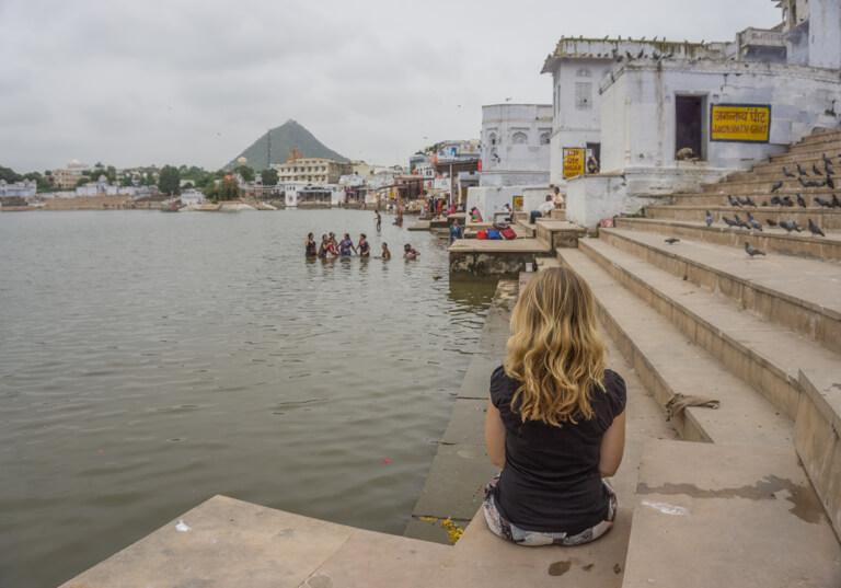 Indien Sehenswuerdigkeiten Rajasthan Pushkar Lake