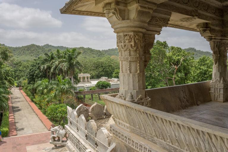 Indien Sehenswuerdigkeiten Rajasthan Ranakpur Chaumukha Tempel
