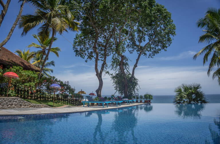 Kerala Strand Suedindien Ayurveda Somatheeram Pool