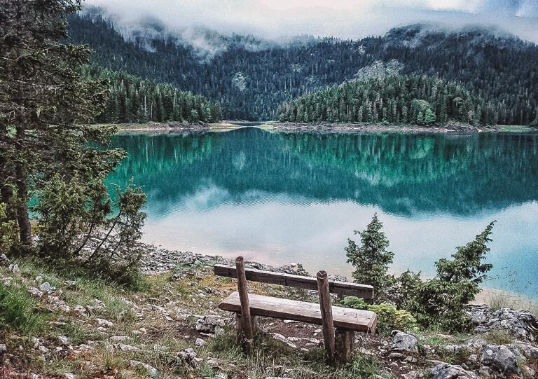 Montenegro Sehenswuerdigkeiten Durmitor Nationalpark Crno Jezero