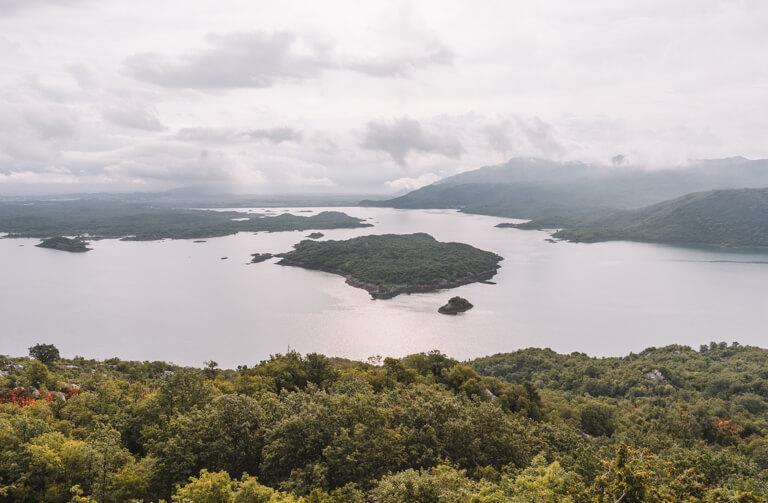 Montenegro Sehenswuerdigkeiten Slansko Jezero