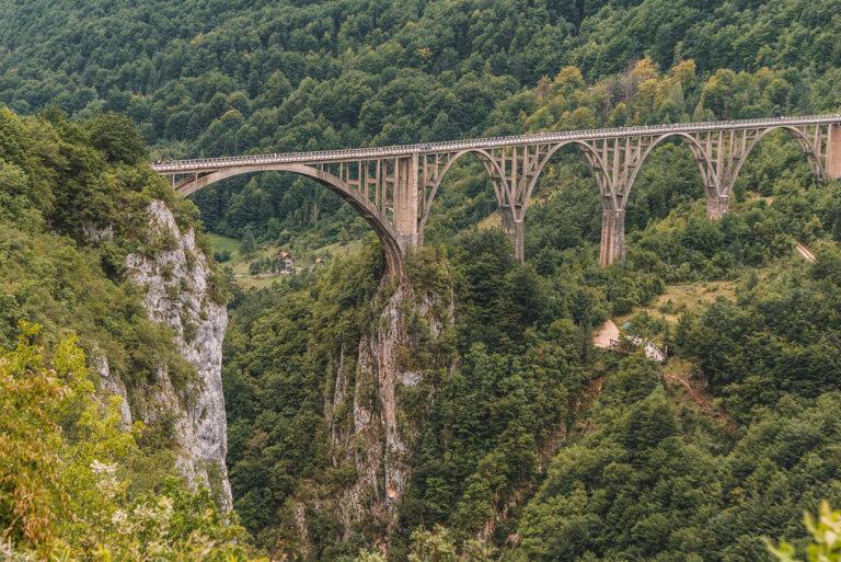 Montenegro Sehenswuerdigkeiten Tara Bruecke