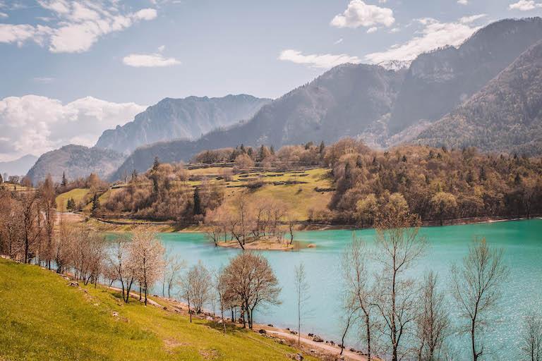 Italien Sehenswuerdigkeiten Tenno See