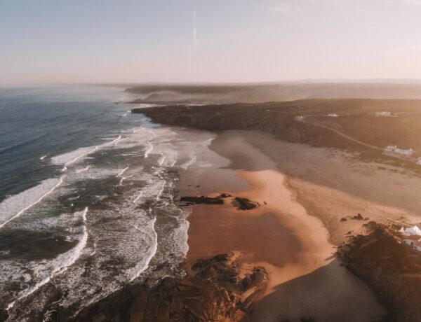 Algarve Straende Monte Clerigo Portugal Goldene Stunde