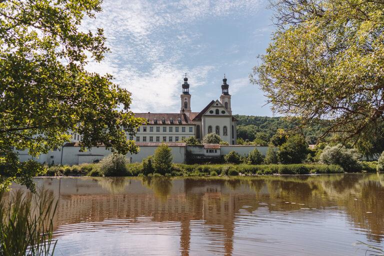 Ausflugsziele-Regensburg-Kloster-Pielenhofen