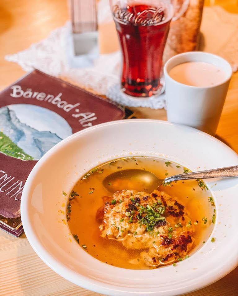 Baerenbad Alm Essen