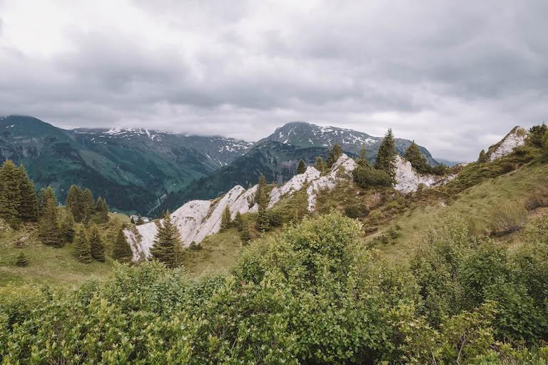 Gipsloecher Lech am Arlberg