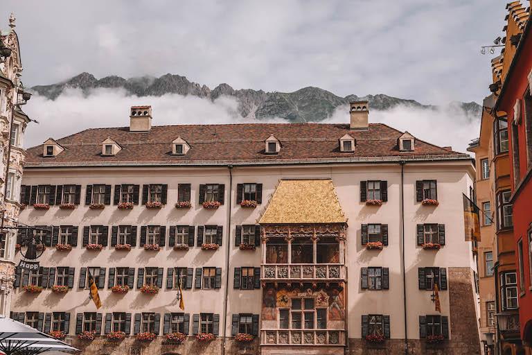 Innsbruck Sehenswuerdigkeiten Goldenes Dachl